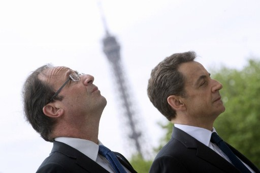 France's outgoing president Nicolas Sarkozy (R) and president-elect Francois Hollande (L). ©AFP