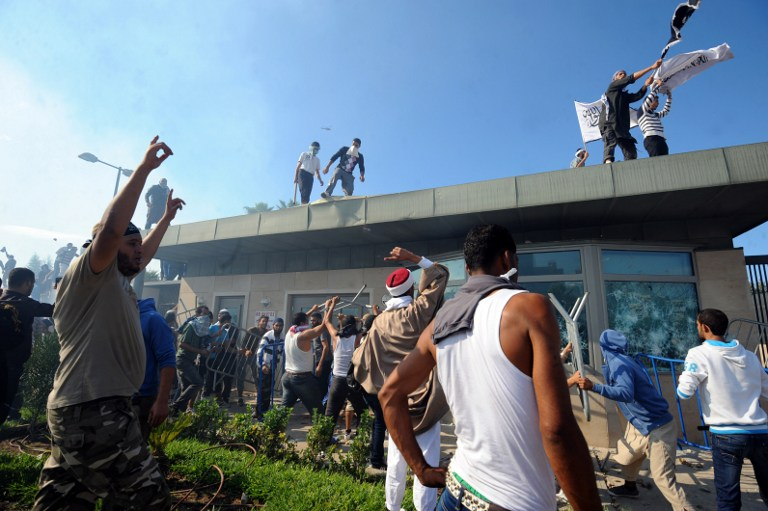 Tunisian protesters break into the US embassy in Tunis during a protest against a film mocking Islam. ©AFP