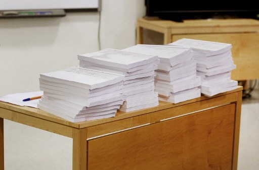 Copies of the second report on the mental health of Anders Behring Breivik. ©AFP