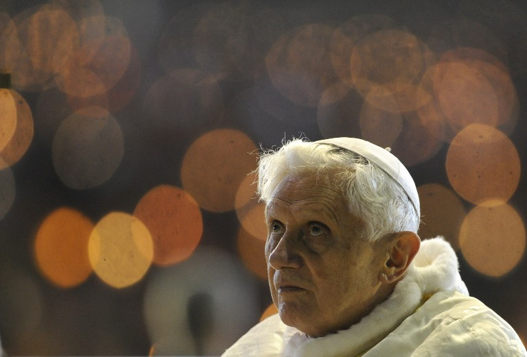 A file picture taken on May 12, 2010 shows Pope Benedict XVI leading the Rosary at the Chapel of the Apparitions in Fatima's Sanctuary. ©AFP