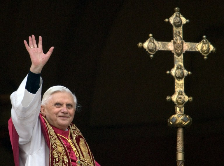 A file picture taken on April 19, 2005 shows Germany's Joseph Ratzinger, the new Pope Benedict XVI, waving to the crowd from the window of St Peter's Basilica's main balcony after being elected the 265th pope of the Roman at the Vatican City. ©AFP