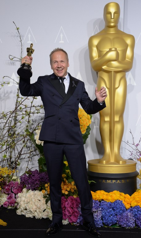 Glenn Freemantle celebrates winning Best Achievement in Sound Editing for 'Gravity'.©AFP