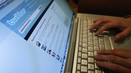 A Twitter page is displayed on a laptop computer. ©REUTERS/Mario Anzuoni