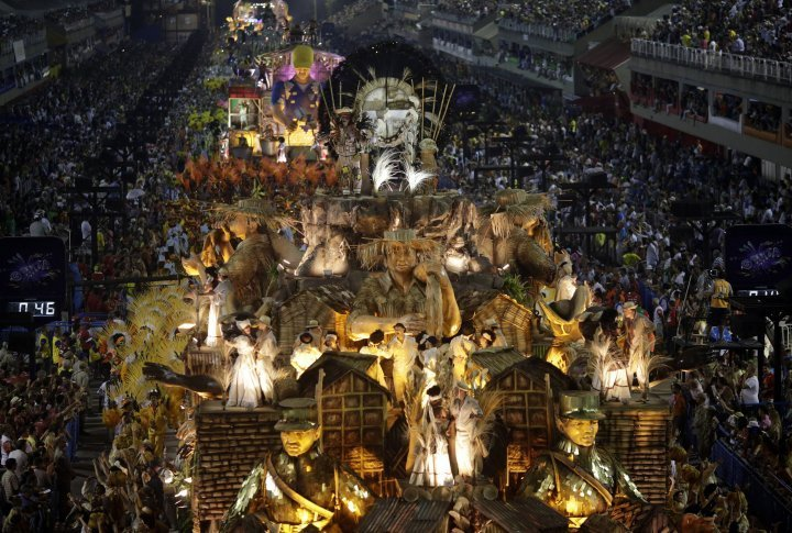 Revellers of the Sao Clemente samba school. ©Reuters