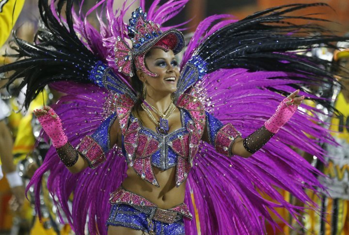 Drum Queen Raphaela Gomes of the Sao Clemente samba school. ©Reuters