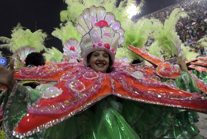 Reveller of the Mangueira samba school. ©Reuters