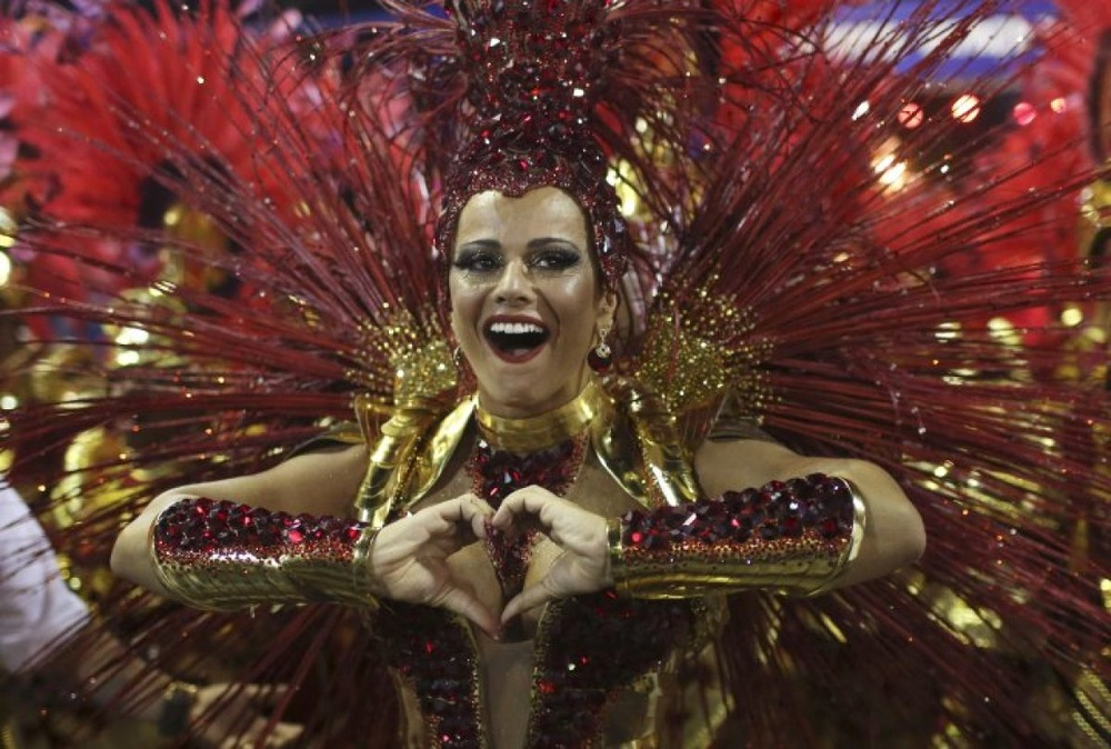 Drum Queen Viviane Araujo of the Salgueiro samba school. ©Reuters