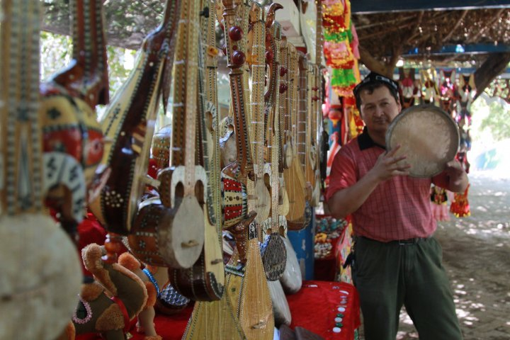 Locals are keen on music. These are hand-made instruments the locals quite often play for tourists. ©Vladimir Prokopenko