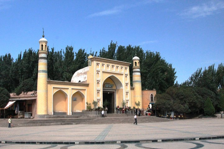 "The Id Kah mosque, which is the largest mosque in Xinjiang and one of the three most respected mosques in Central Asia, was the next sight visited in Kashgar. Its other name ""Aitigaer"" translates from Uighur as ""festive"". ©Vladimir Prokopenko"
