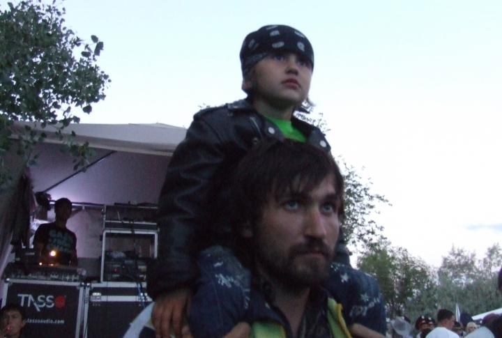 Young bikers in leather jackets and bandanas attended the fest as well. ©Roza Yessenkulova