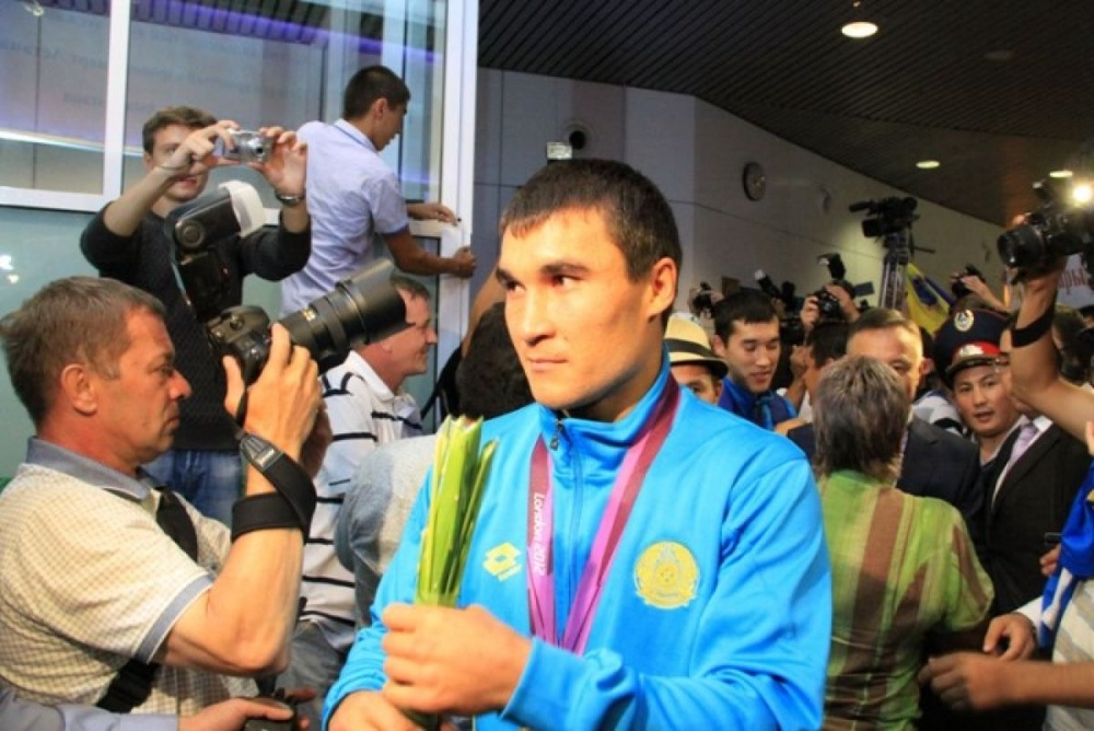 "Serik Sapiyev: ""This is not my victory. This is the victory of our people. Vesti.kz photo"