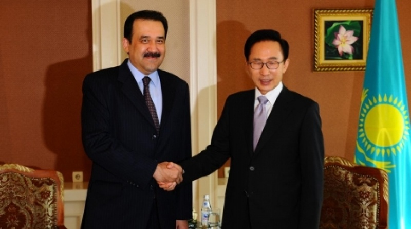 Karim Massimov meeting President Lee Myung-bak of South Korea. Photo courtesy of pm.kz