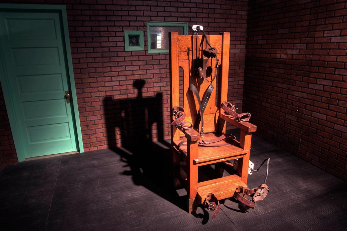 the controversial topic of the use of electric chair as an unusual punishment Topics interactives data and not violate the us constitution's eighth amendment prohibition on cruel and unusual punishment the electric chair.