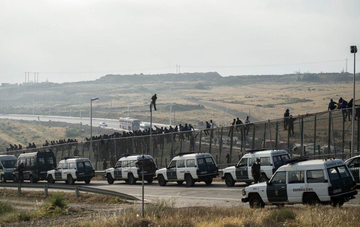 Hundreds Of Migrants Breach Morocco Spain Border