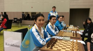 Kazakh women's chess team. ©Daniyar Ashirov