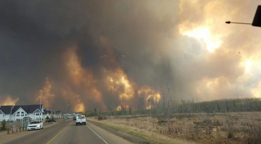 Wildfire near Fort McMurray. ©Reuters