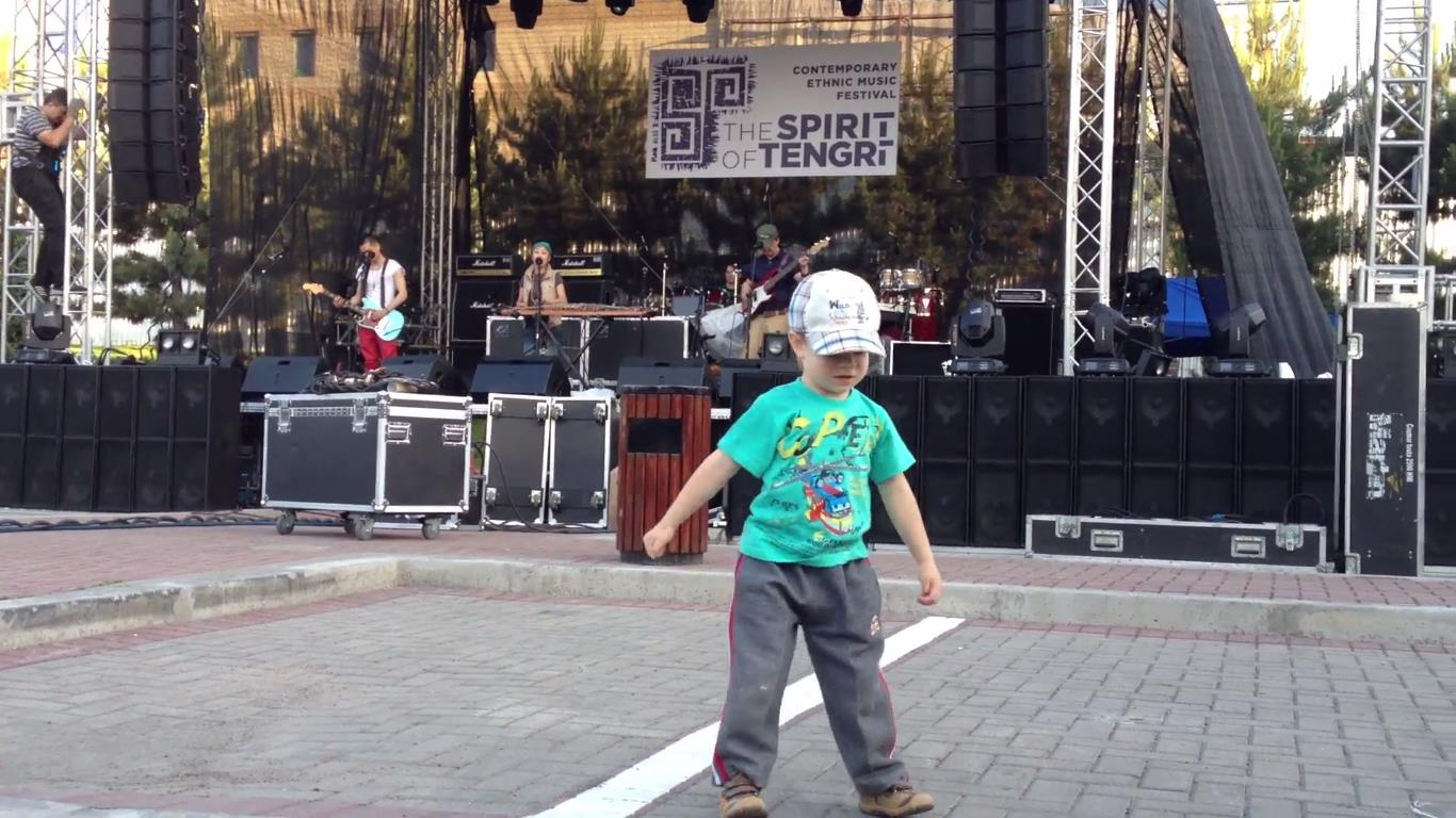Namgar soundcheck at The Spirit of Tengri fest leaves no one indifferent